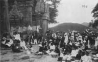 Nêu những sự kiện chứng minh Phan Bội Châu chủ trương giải phóng dân tộc theo khuynh hướng tư sản bằng phương pháp bạo động