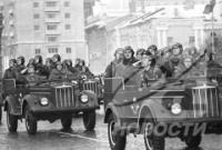 Vì sao năm 1917 ở nước Nga đã diễn ra hai cuộc cách mạng ?