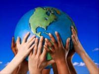 Nêu lên cảm nghĩ  sau khi đọc bài Đấu tranh cho một thế giới hòa bình của G.G. Mác-két