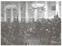 Chính quyền Xô viết đã làm những việc gì và đem lại lợi ích cho ai ?